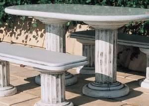conjunto mesa de piedra con 2 bancos
