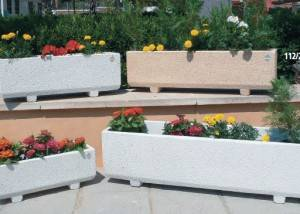 Jardinera para jardin rectangular de piedra