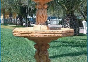 Fuente de piedra mediana